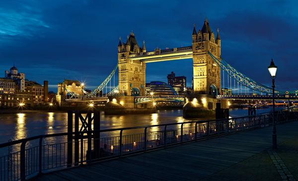 Лондон, Тауэрский мост.